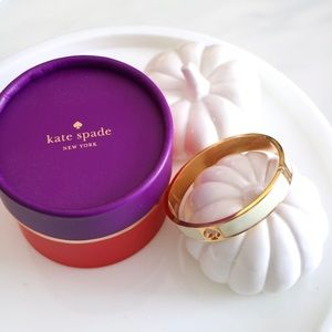 Kate Spade Bangle in White/Cream and Gold